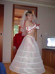 Pics of Bride Dressed In Wedding Dress