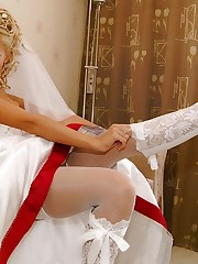 Pics of Beautiful Bride Spreading