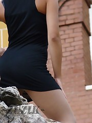 Teen model flashed. Accidental upskirt