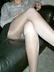teen pantyhose upskirt picture gallery
