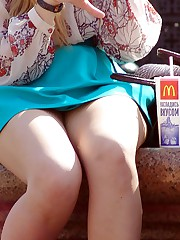 Gorgeous upskirt girl in a park