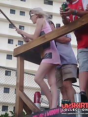 Crazy sitting upskirt! She spreaded her legs in mini skirt! upskirt shot
