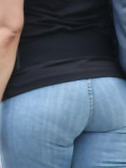 Jeans Girls pics gallery upskirt picture