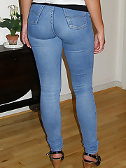 Jeans Girls pics gallery up skirt pic