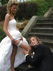 Gelery of Hot Euro Bride up skirt pic