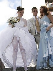 Images of Amateur Euro Bride upskirt picture