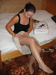 Images of Amateur Euro Bride up skirt pic