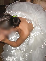 Pics of Sexy Bride Exposed up skirt pic