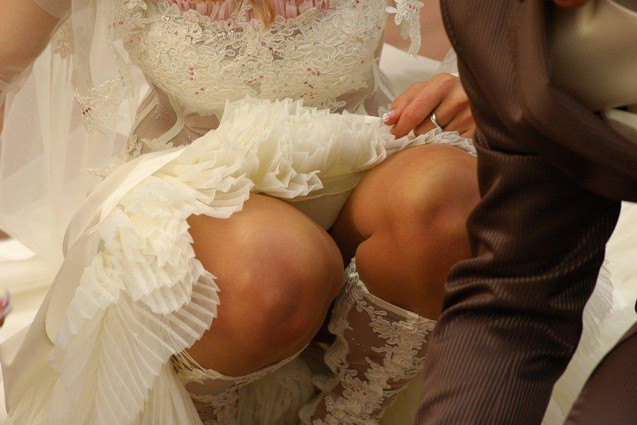 Apologise, upskirt brides wedding night