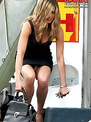 Jennifer Aniston upskirt pictures upskirt picture