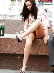 Careless girls flash up skirts upskirt picture