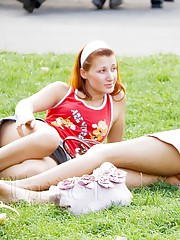 Sassy upskirt girl flashed yellow panty teen upskirt
