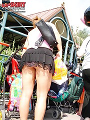 Sexy up skirt peeks in a park teen upskirt