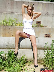 Girl plays with dress showing upskirt celebrity upskirt