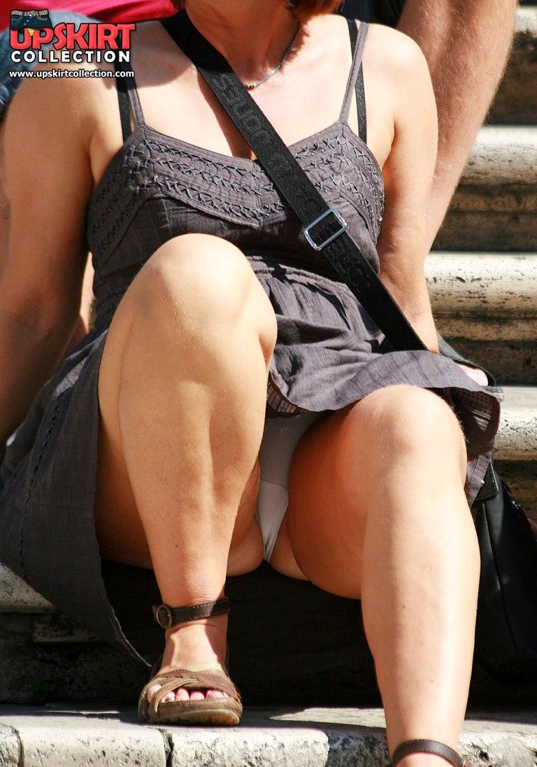 Public up skirt