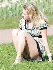 Teens with hot butts up skirt images upskirt pic