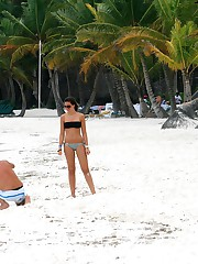 Milf bikinis spied on the beaches upskirt shot