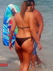 Cellulites asses in the sexy bikinis upskirt picture
